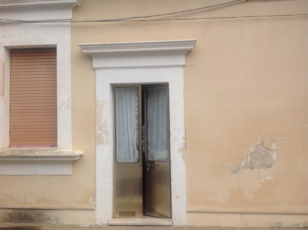 Casa Indipendente in discrete condizioni in vendita Rif. 8756257