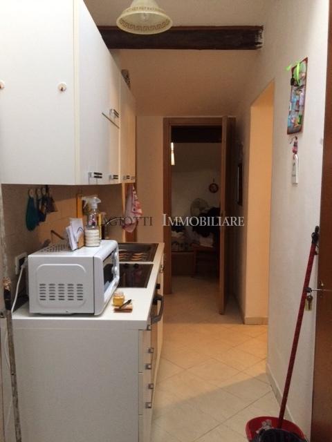 Attico / Mansarda in buone condizioni arredato in affitto Rif. 10306281