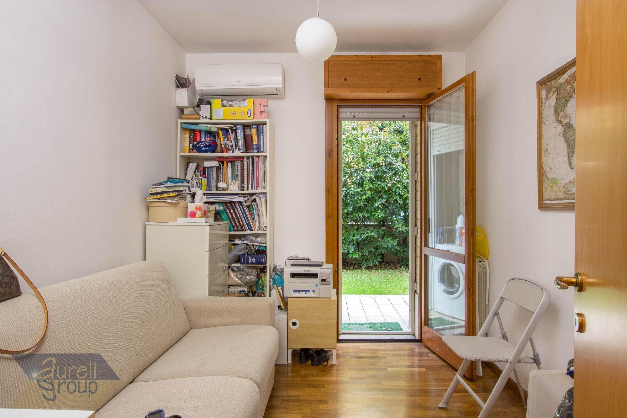 Codice tu 278 appartamento trilocale vendita a roma for Affitto ufficio anagnina