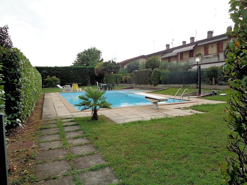 Villetta a schiera in buone condizioni in vendita Rif. 7251267