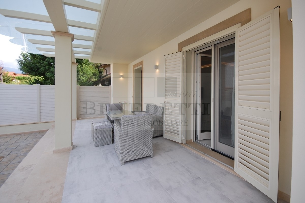 Villa arredato in vendita Rif. 11245416