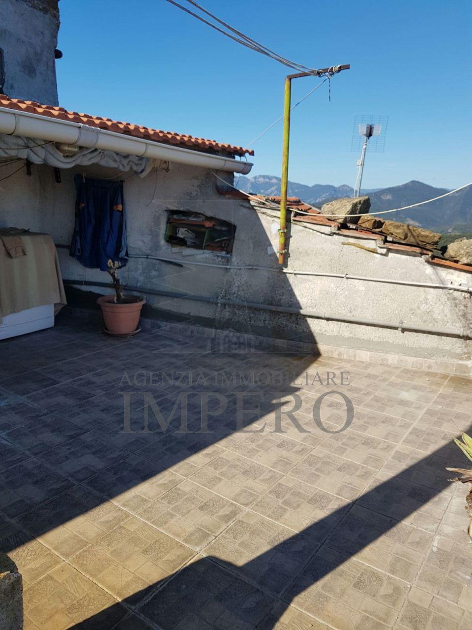 Appartamento in vendita a Perinaldo, 7 locali, prezzo € 70.000 | PortaleAgenzieImmobiliari.it
