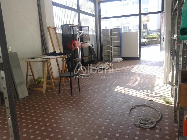 Capannone in vendita a Arcola, 1 locali, prezzo € 85.000 | PortaleAgenzieImmobiliari.it