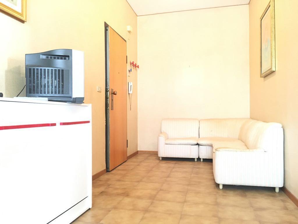 Quadrilocale in buone condizioni arredato in affitto Rif. 6371880