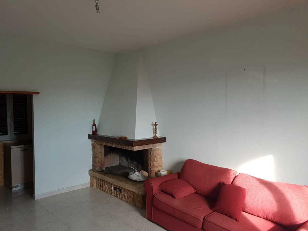 Appartamento in buone condizioni in vendita Rif. 8801833