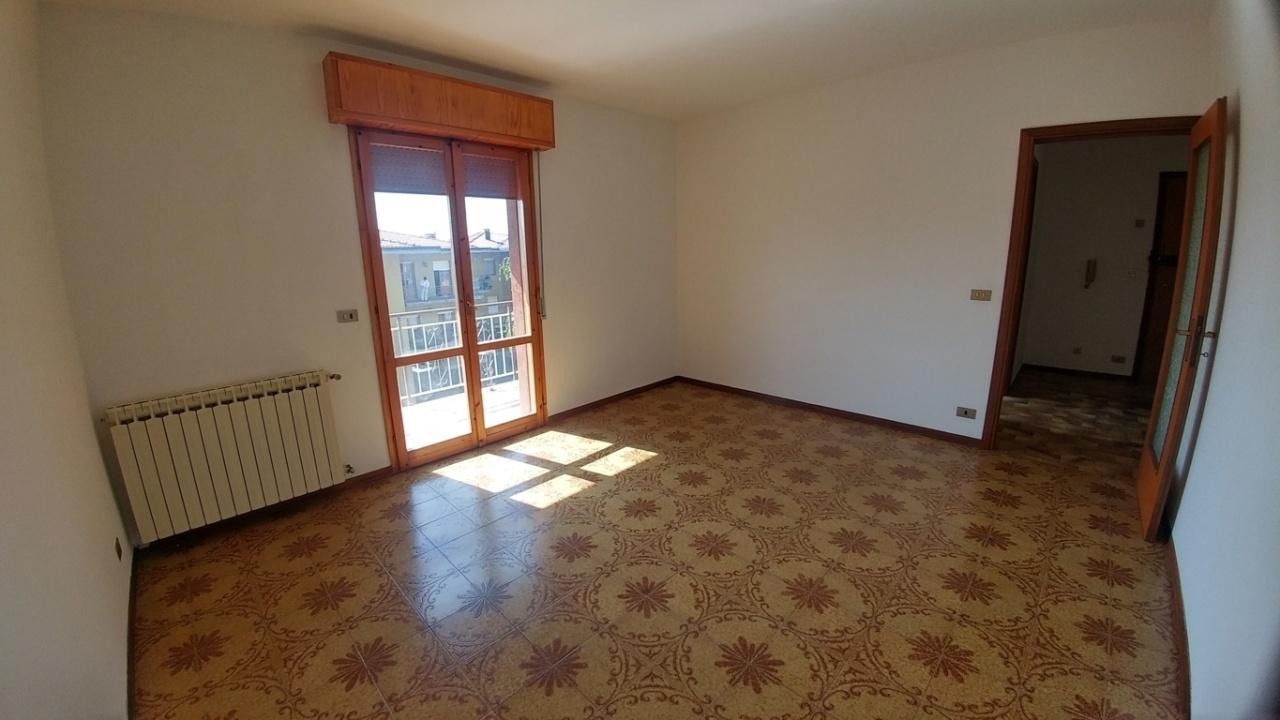 Appartamento in vendita a Zocca, 4 locali, prezzo € 91.000 | PortaleAgenzieImmobiliari.it