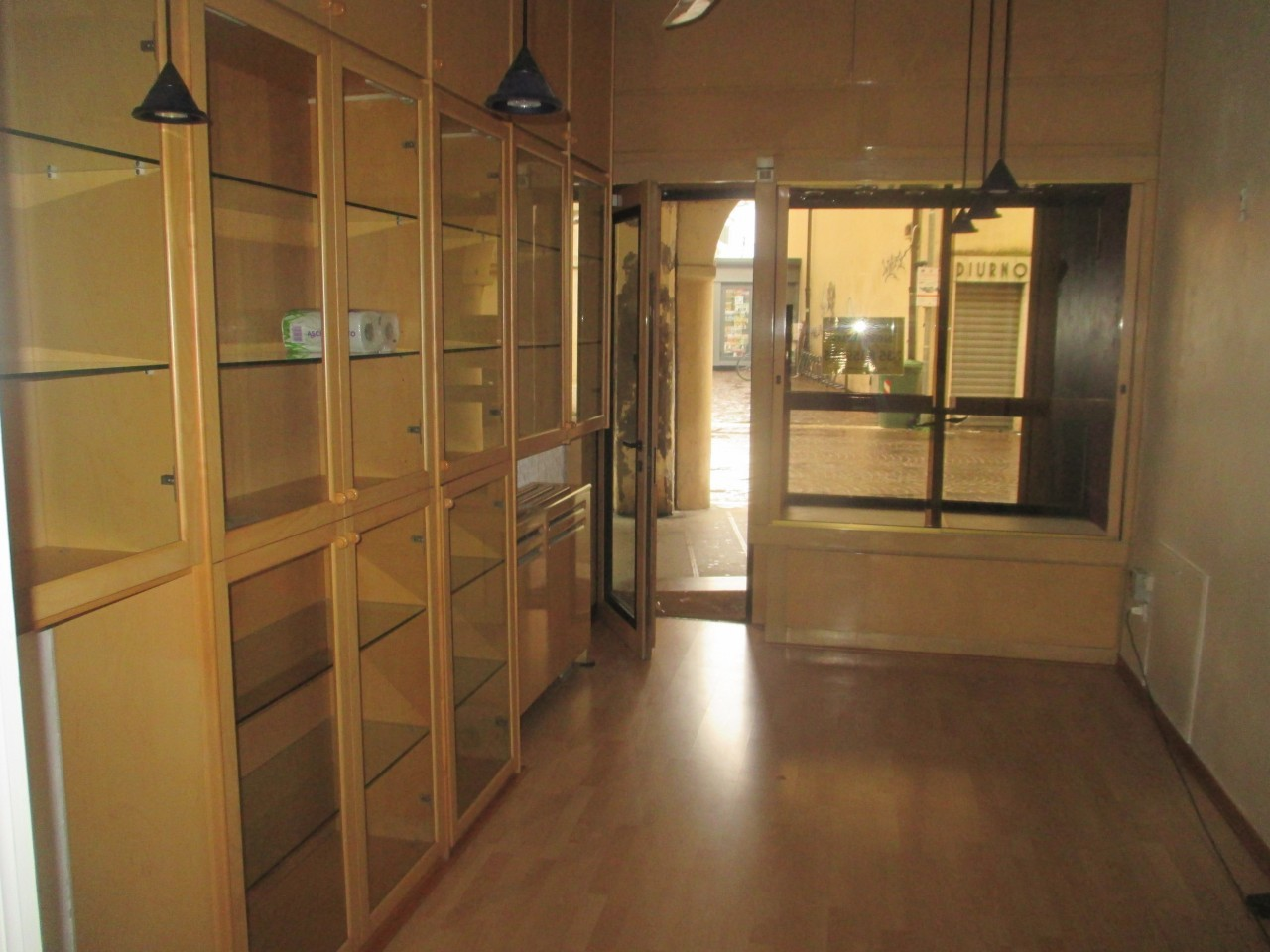 Locale commerciale - 1 Vetrina a Rovigo Rif. 10954040