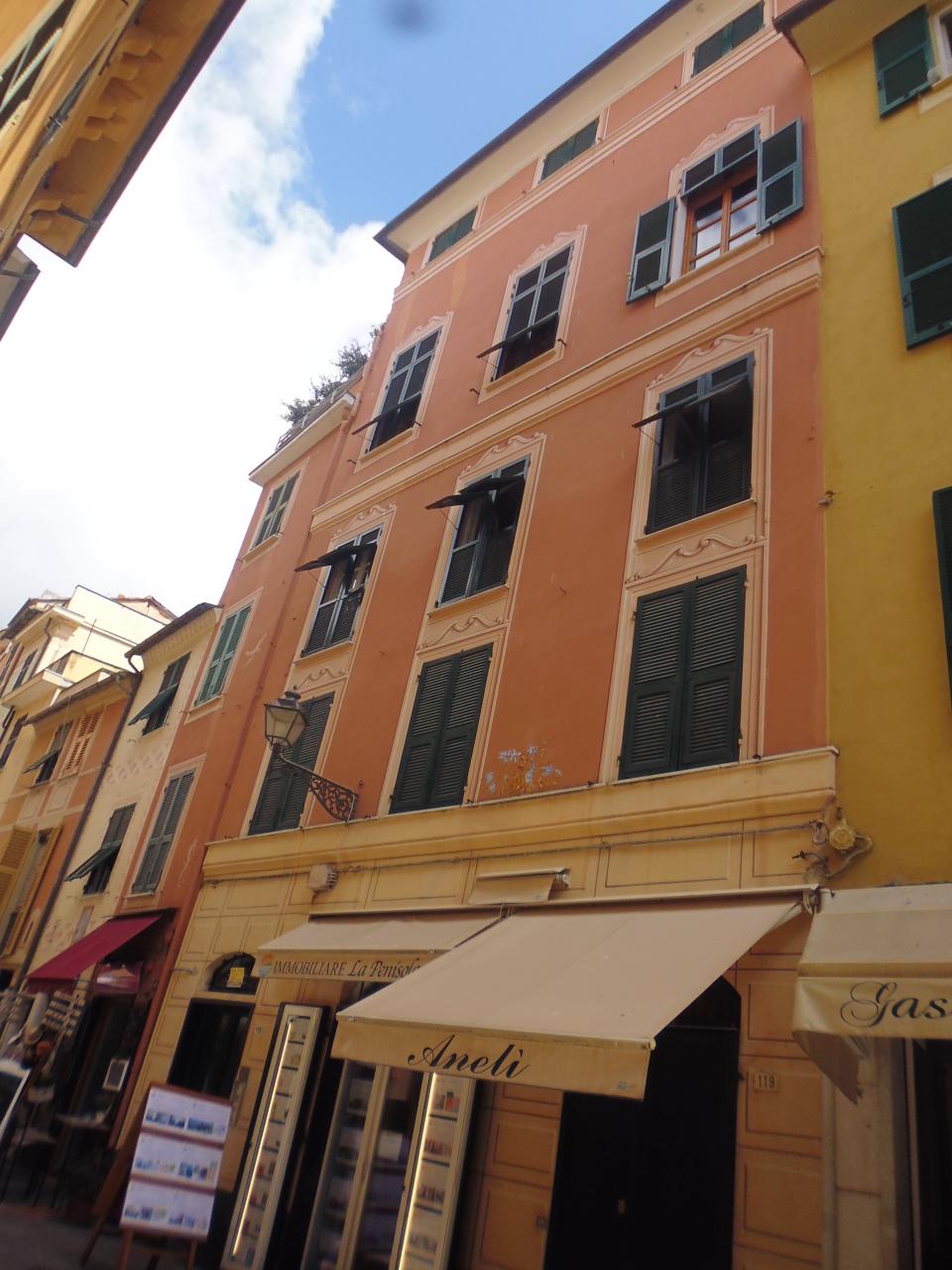 Appartamento in vendita a Sestri Levante, 5 locali, Trattative riservate | CambioCasa.it