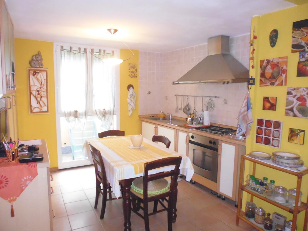 Soluzione Semindipendente in vendita a Sestri Levante, 5 locali, prezzo € 198.000 | CambioCasa.it