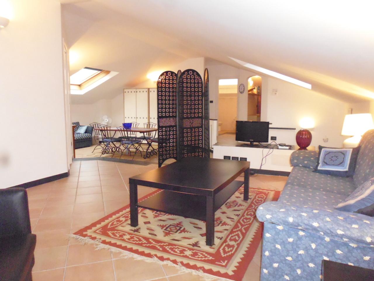 Attico / Mansarda in affitto a Sestri Levante, 5 locali, prezzo € 750 | CambioCasa.it