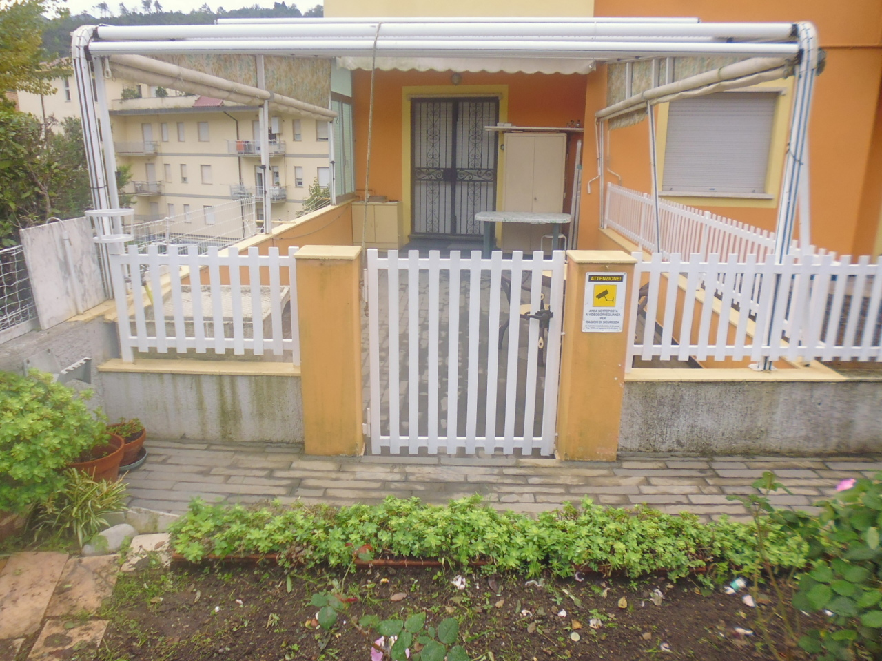 Appartamento in vendita a Sestri Levante, 5 locali, prezzo € 150.000   CambioCasa.it