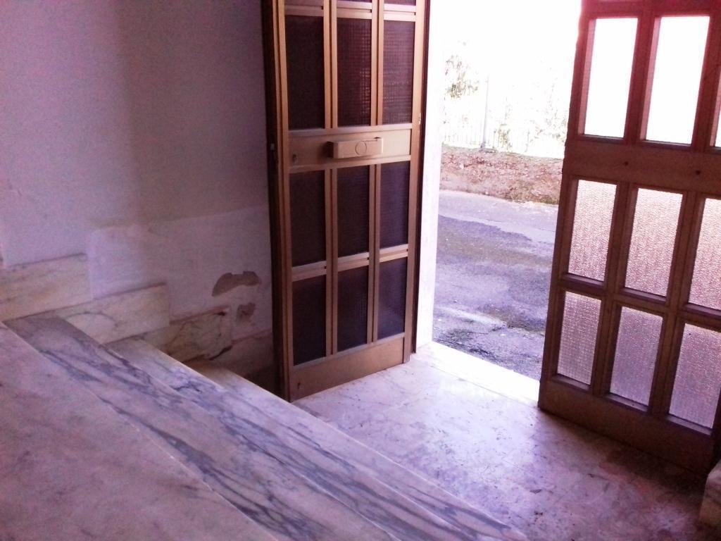Casa Indipendente in discrete condizioni in vendita Rif. 9854451
