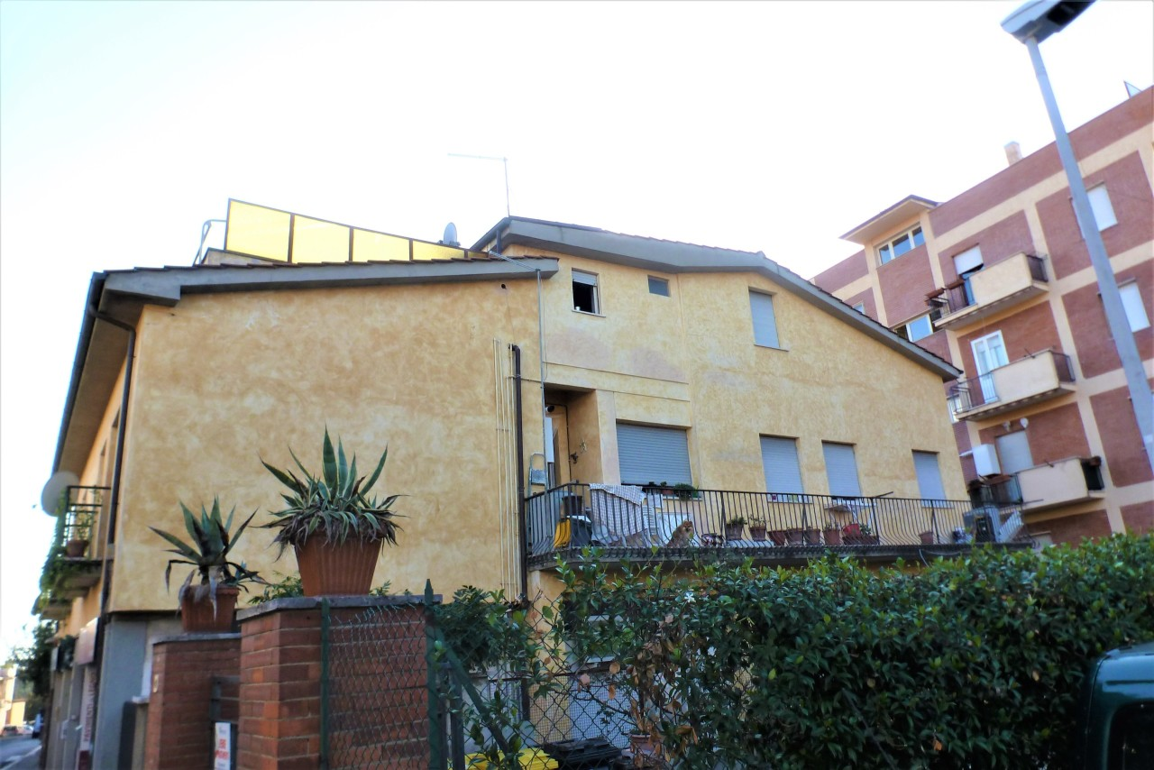 Attico / Mansarda arredato in affitto Rif. 11204170