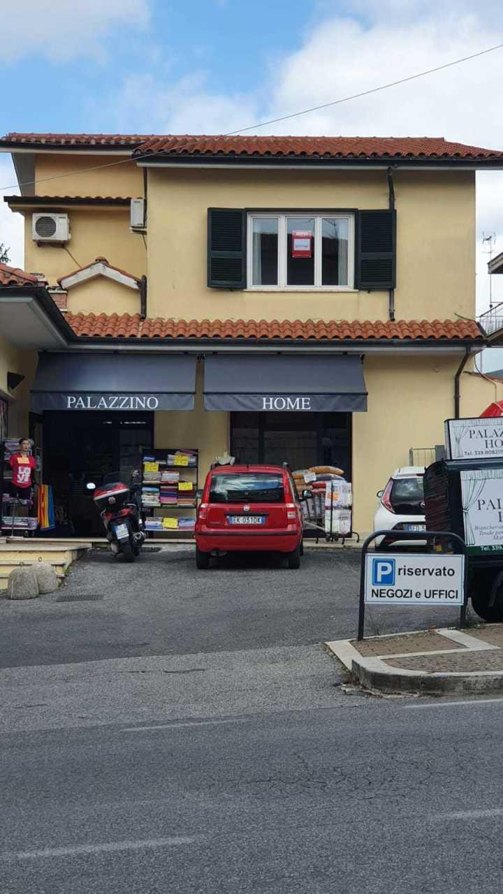Ufficio / Studio in affitto a Palestrina, 3 locali, prezzo € 500 | CambioCasa.it