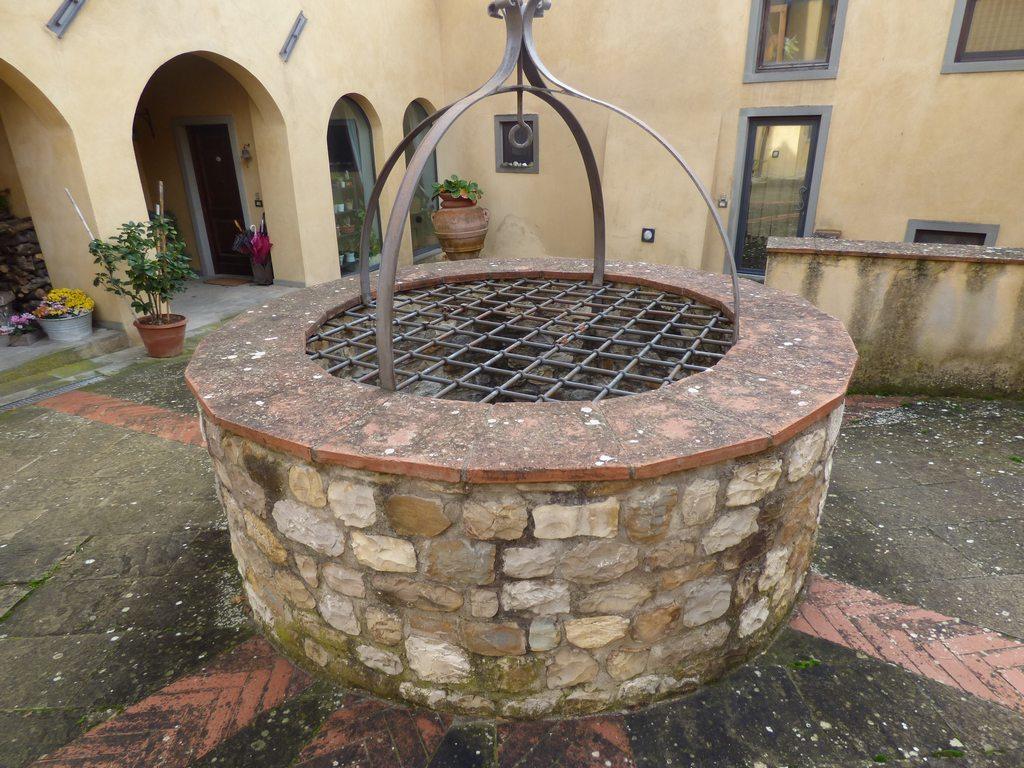 Rustico / Casale in buone condizioni in vendita Rif. 11610457