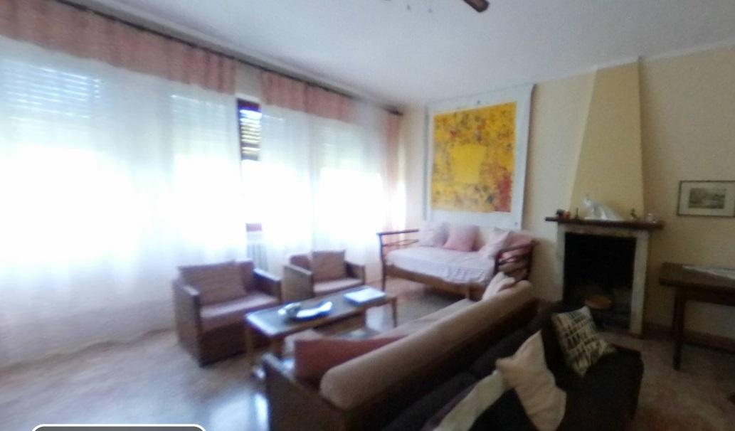 Casa Indipendente in ottime condizioni arredato in affitto Rif. 11425362