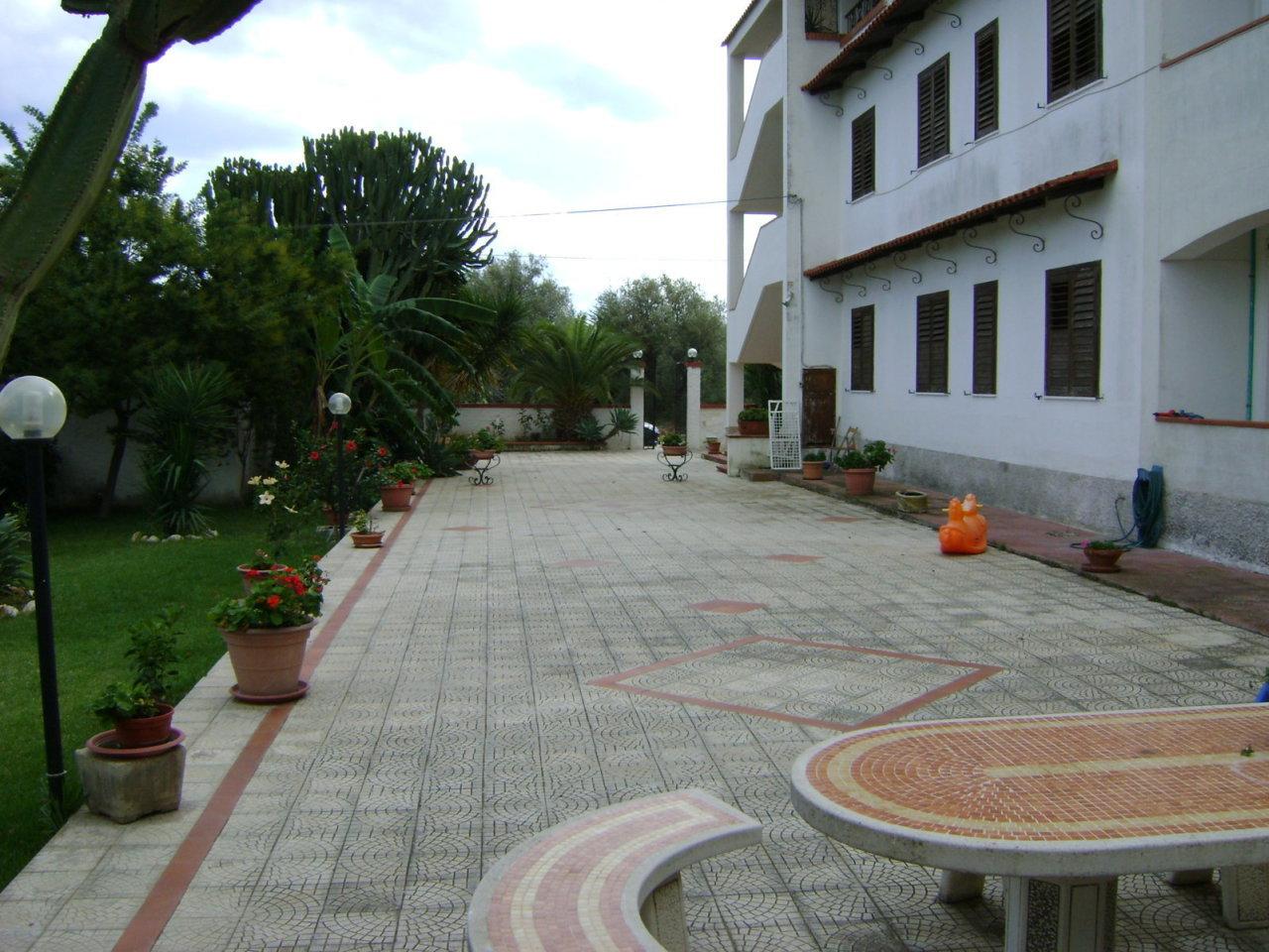 Appartamento in affitto a Priolo Gargallo, 7 locali, prezzo € 1.000 | PortaleAgenzieImmobiliari.it