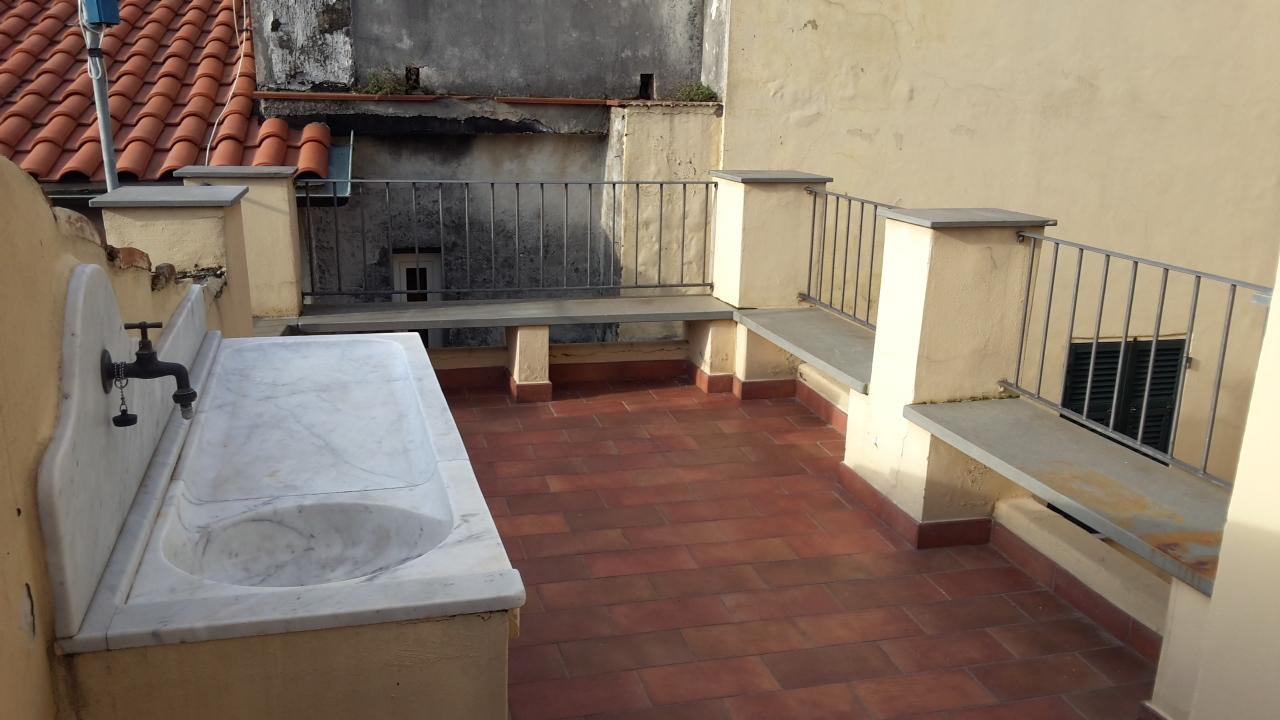 Attico / Mansarda in vendita a Castelnuovo Magra, 2 locali, prezzo € 115.000 | PortaleAgenzieImmobiliari.it