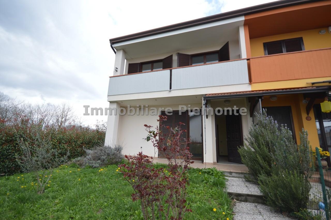 Villa a Schiera in Vendita a Borgomanero