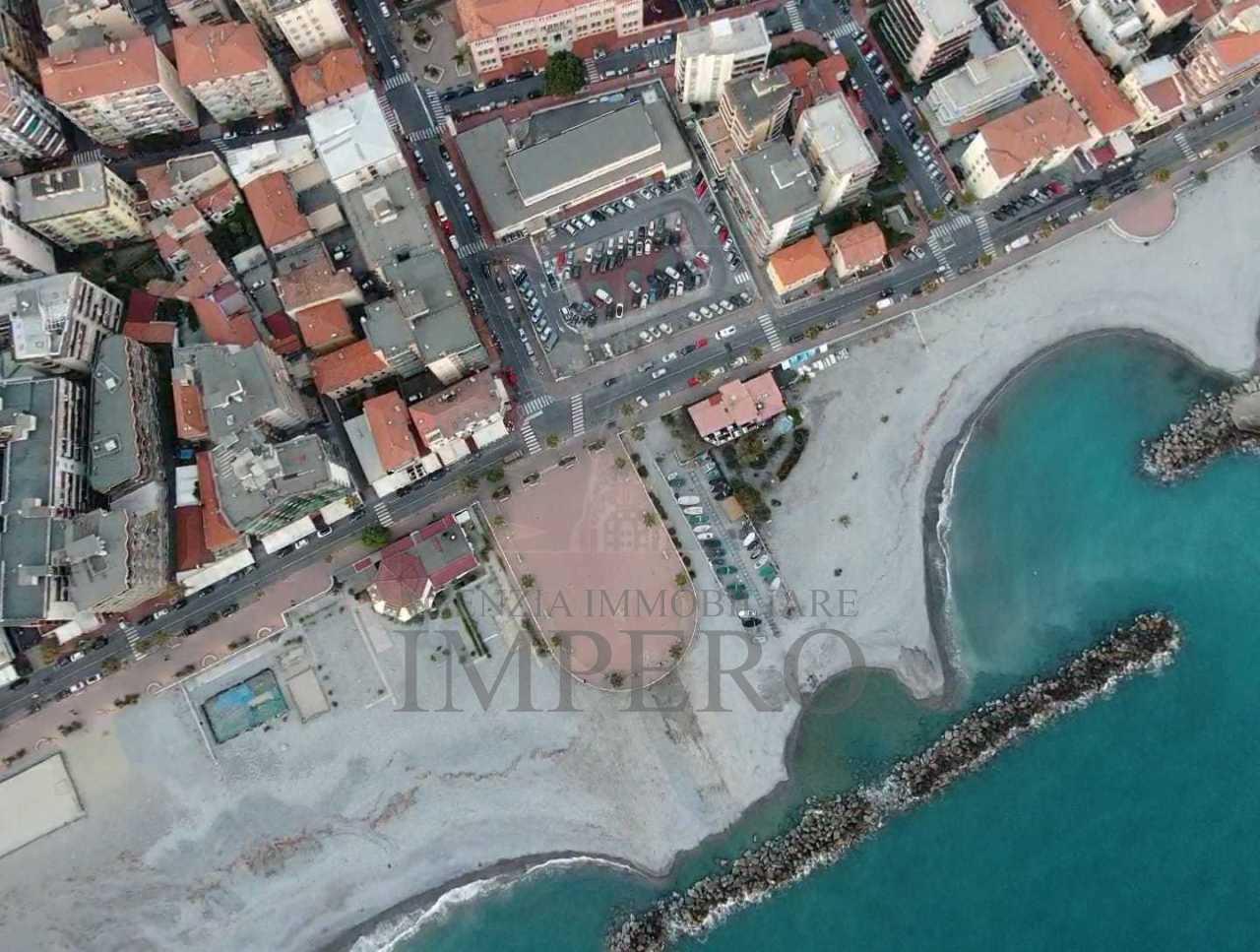 Villa a Passeggiata Mare, Ventimiglia