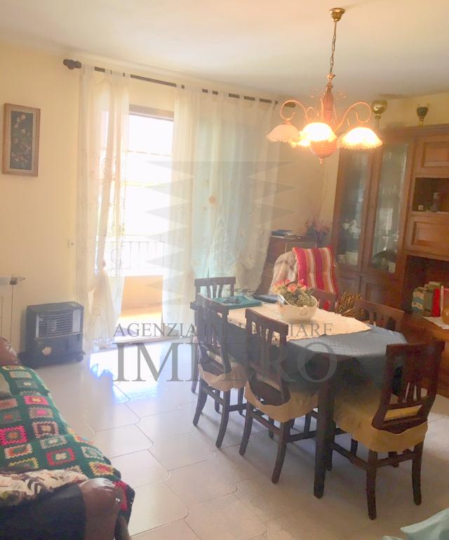 Appartamento in ottime condizioni in vendita Rif. 6387253