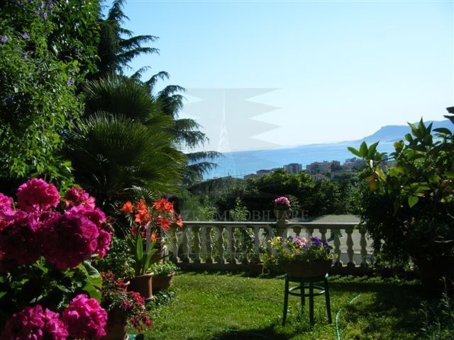 Villa, Bordighera