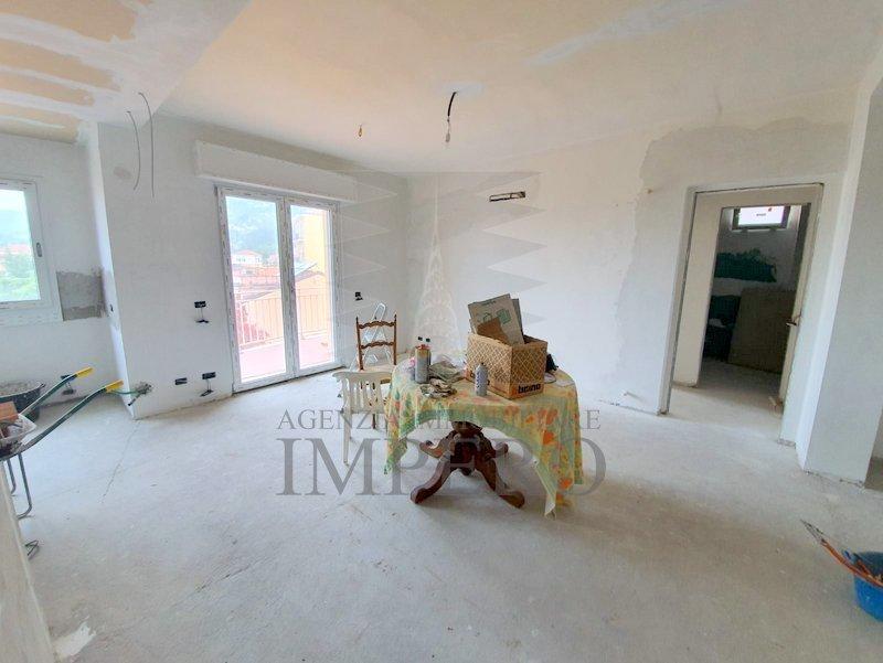 Appartamento in vendita a Vallecrosia, 4 locali, prezzo € 200.000   PortaleAgenzieImmobiliari.it