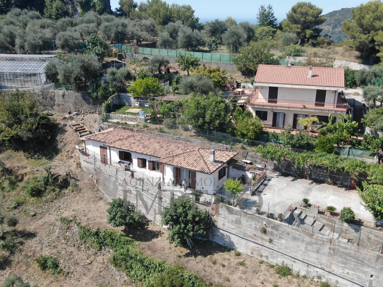 Casa - Indipendente a Sant'Anna, Ventimiglia