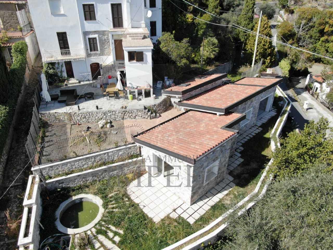 Villa a Mortola Superiore, Ventimiglia