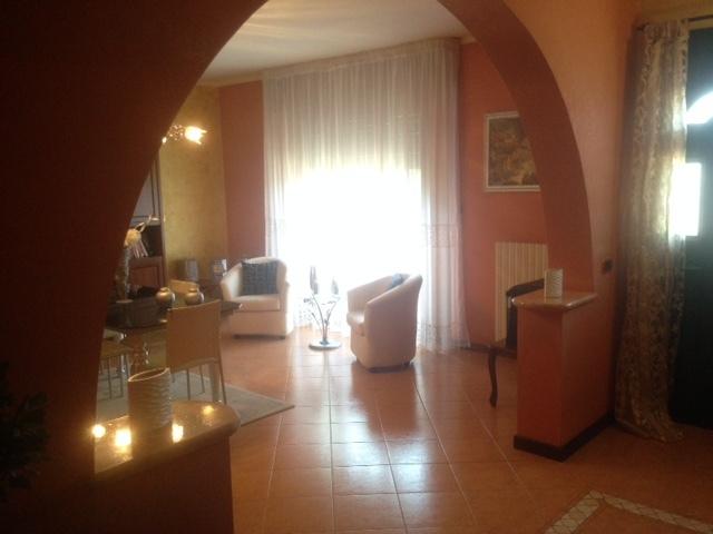 Villetta a schiera in ottime condizioni in vendita Rif. 8908464
