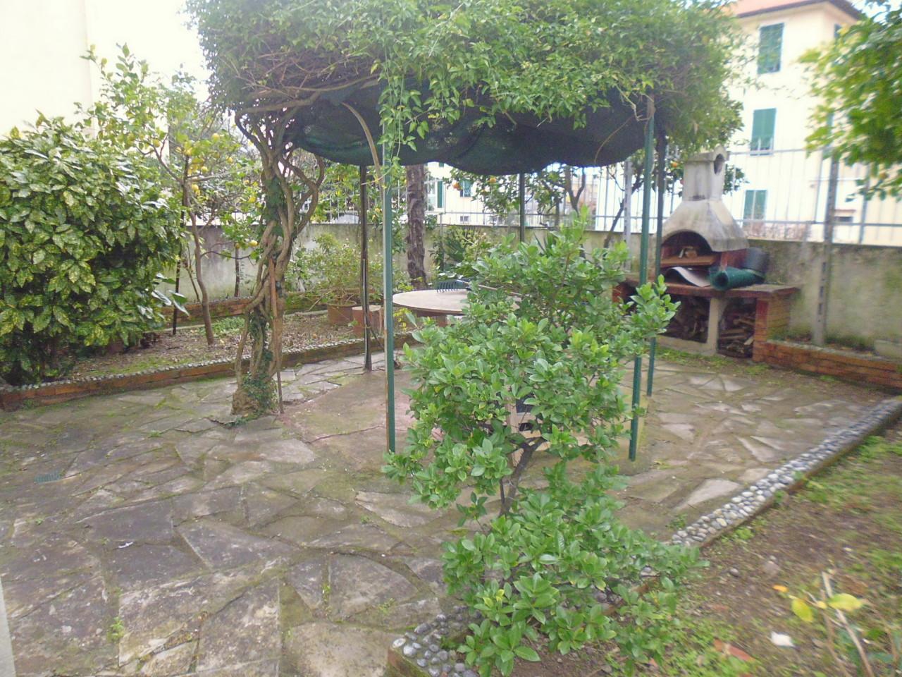 Appartamento in affitto a Sestri Levante, 5 locali, prezzo € 750 | CambioCasa.it