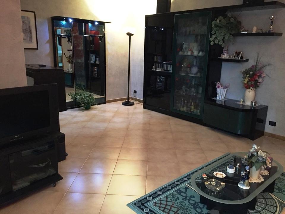 Villa - bifamiliare a Via Bari, Casamassima