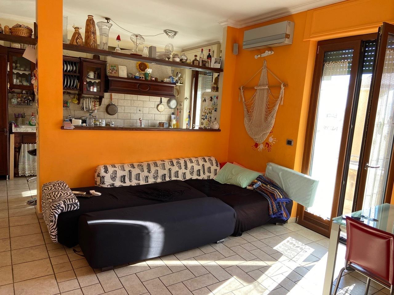 Appartamento in vendita a Colleferro, 5 locali, prezzo € 99.000   CambioCasa.it