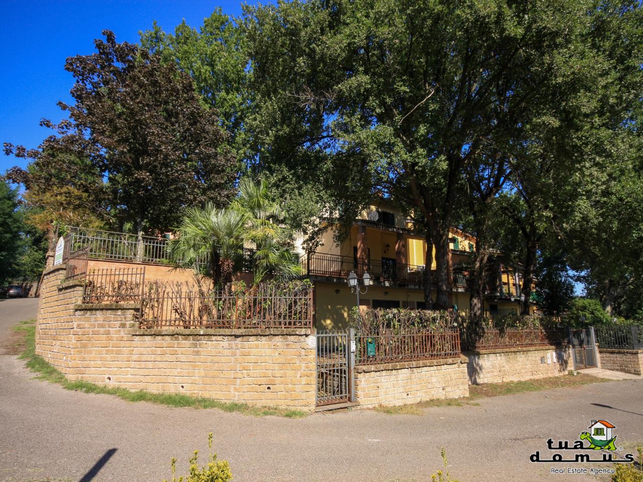 Villa in buone condizioni in vendita Rif. 11109589