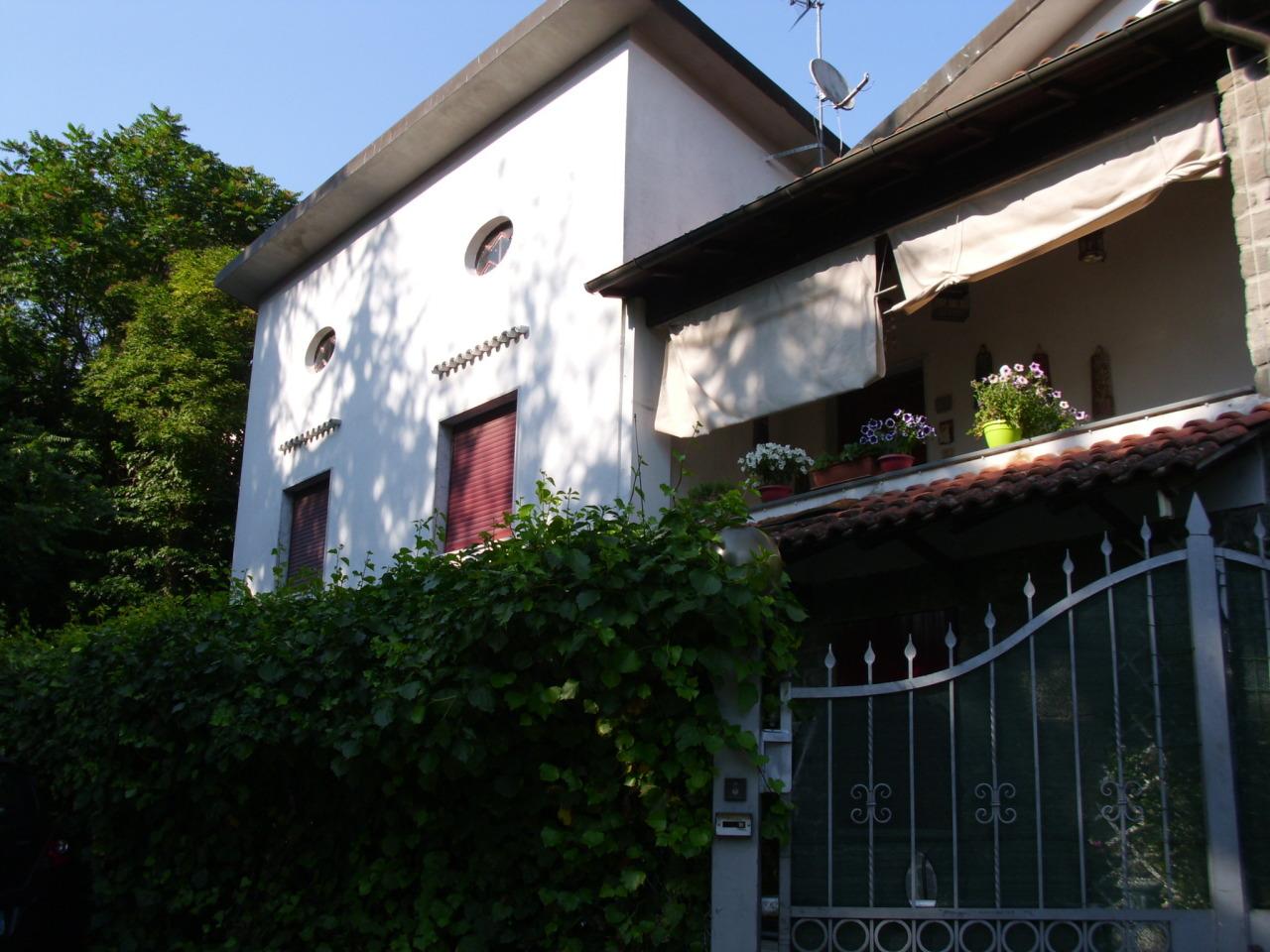 Casa Indipendente in ottime condizioni arredato in vendita Rif. 10793435
