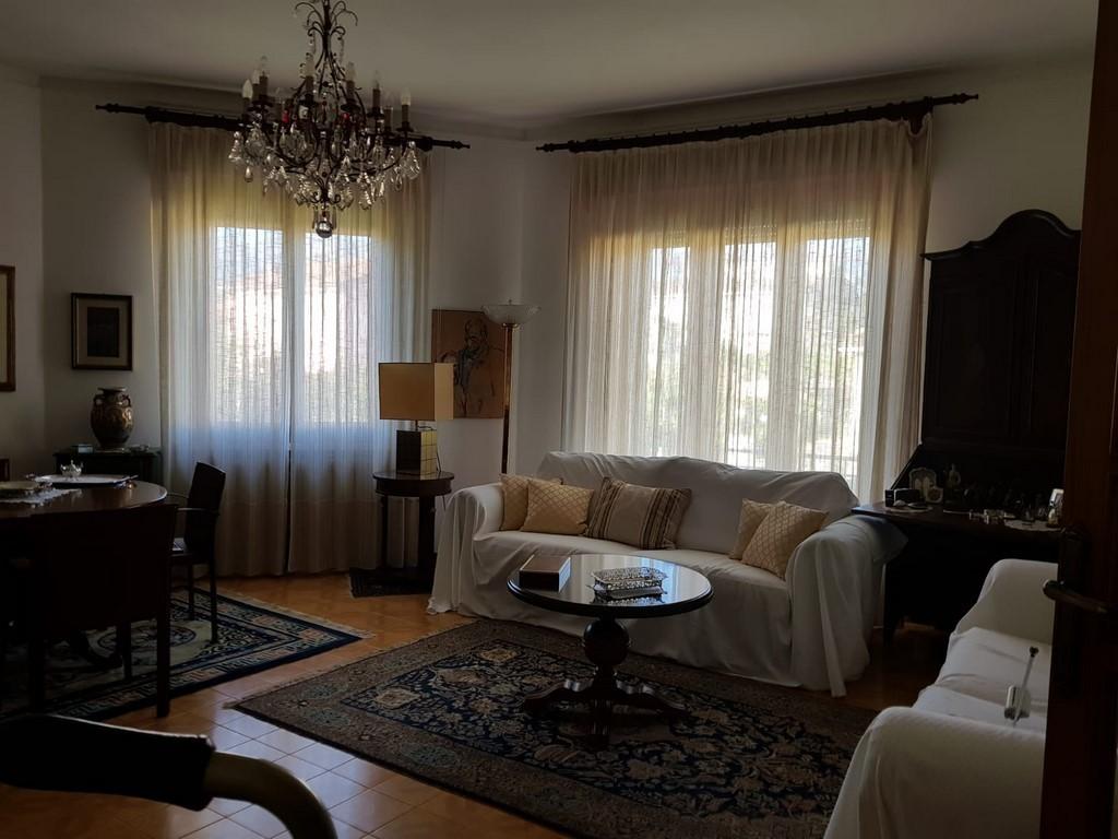 Casa Indipendente in ottime condizioni arredato in vendita Rif. 10158353