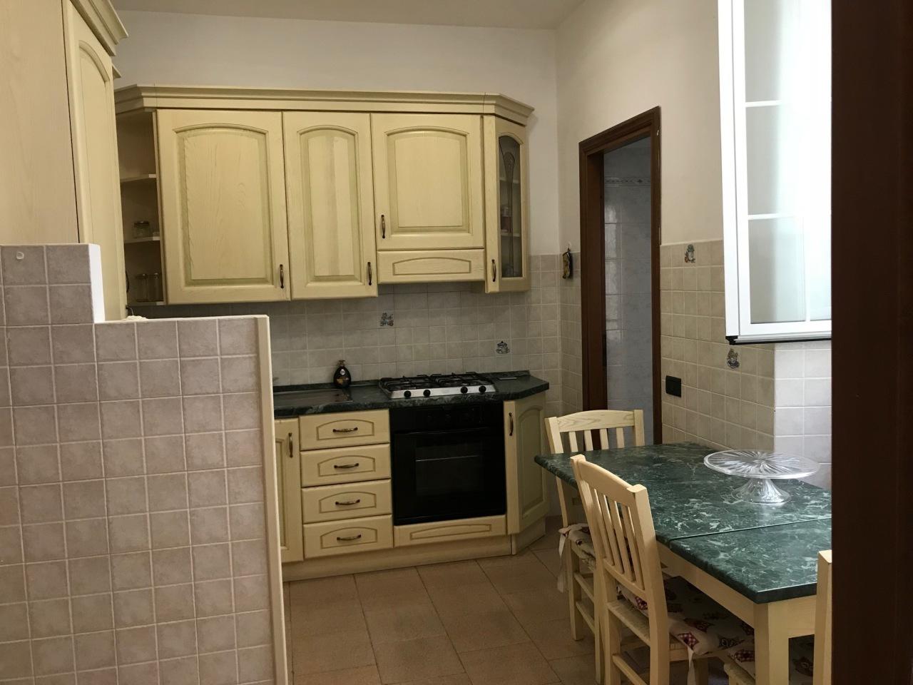 Appartamento in affitto a La Spezia, 5 locali, prezzo € 600 | PortaleAgenzieImmobiliari.it
