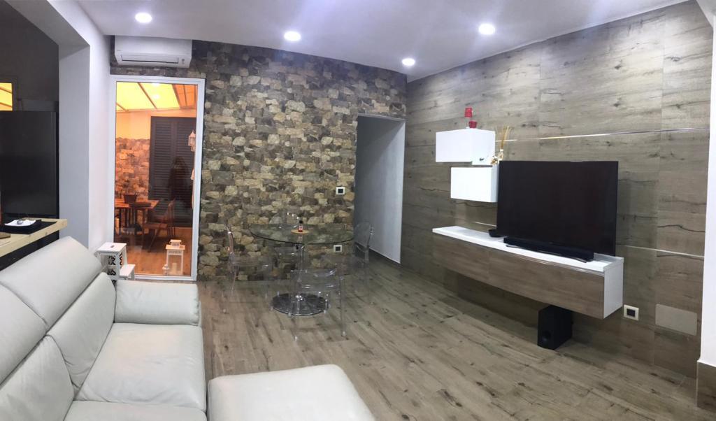 Casa Indipendente ristrutturato in vendita Rif. 9620003