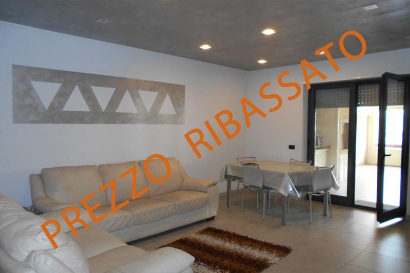 Appartamento in ottime condizioni in vendita Rif. 9240005