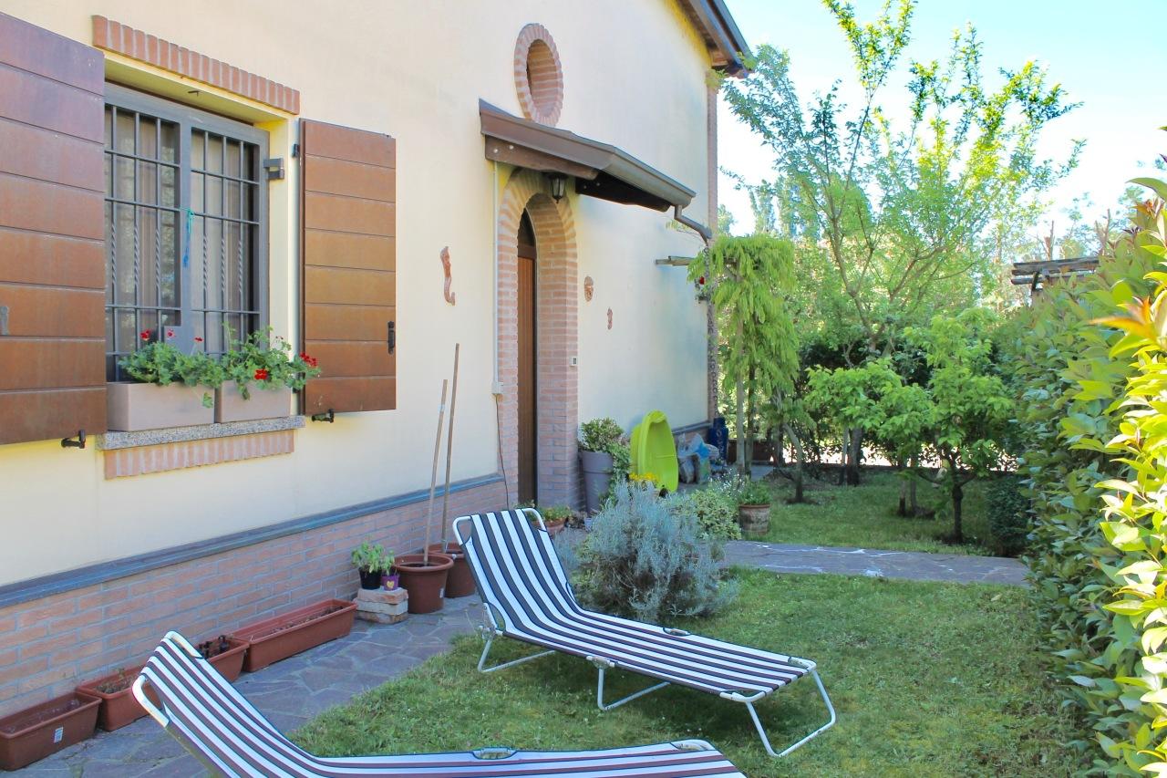 Casa Indipendente in ottime condizioni in vendita Rif. 8756290