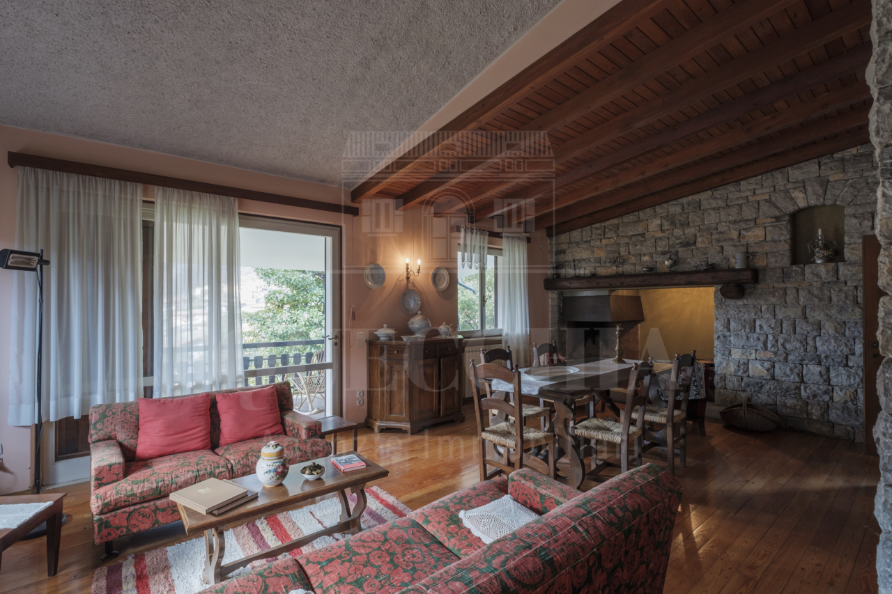 Villa in vendita Rif. 9889647