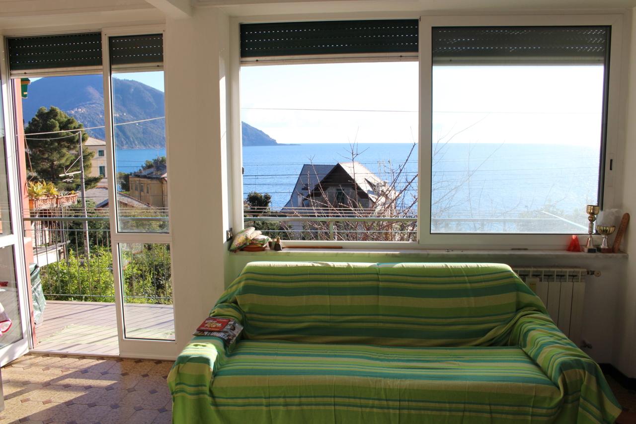 Appartamento in vendita a Recco, 3 locali, prezzo € 275.000 | CambioCasa.it