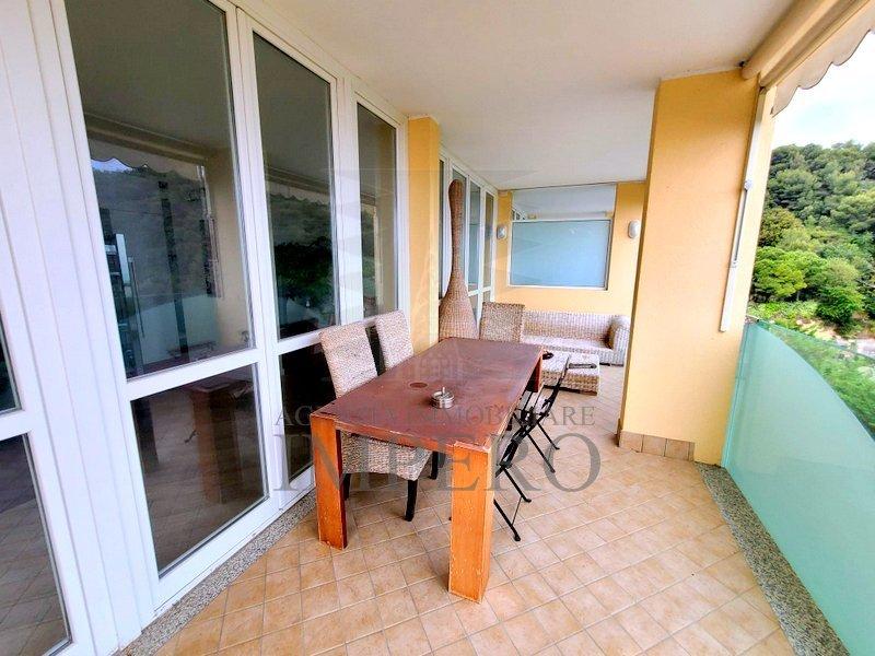 Appartamento in vendita a Vallecrosia, 6 locali, prezzo € 590.000 | PortaleAgenzieImmobiliari.it
