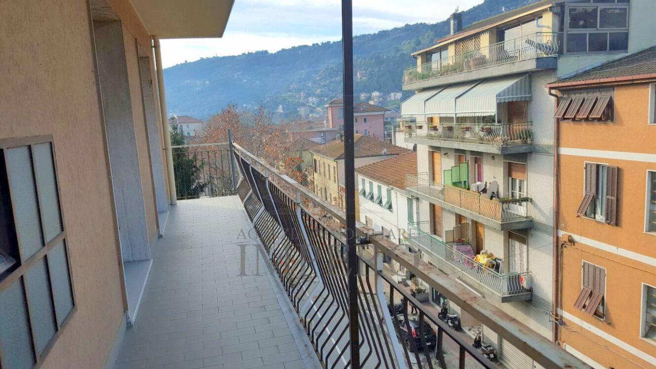 Appartamento in vendita a Camporosso, 5 locali, prezzo € 220.000 | PortaleAgenzieImmobiliari.it