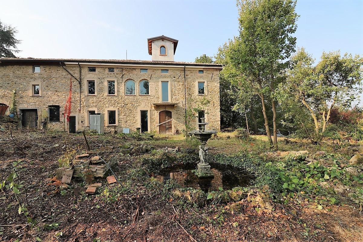 Casa Indipendente in vendita Rif. 8502439