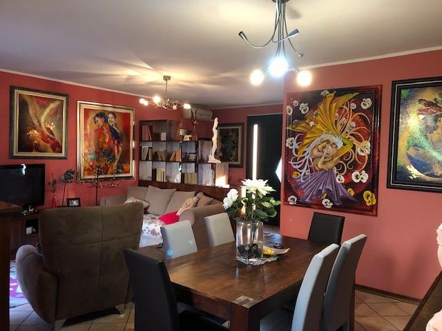 Porzione di casa in buone condizioni in vendita Rif. 10781265