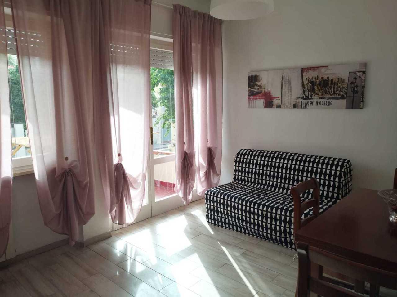 Appartamento in ottime condizioni arredato in affitto Rif. 10354294