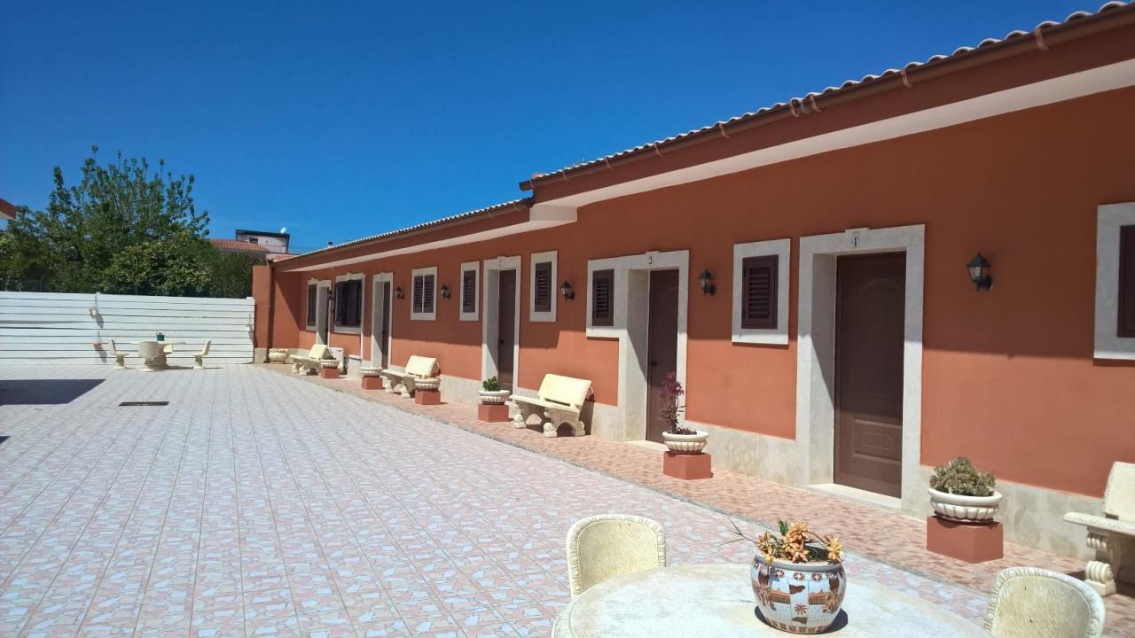 Villa arredato in vendita Rif. 12393464