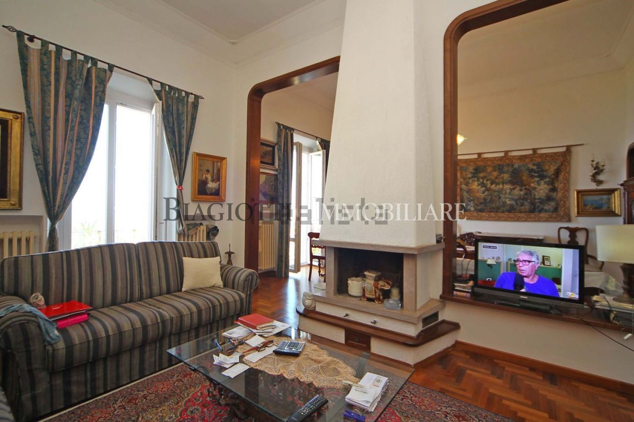 Attico / Mansarda in ottime condizioni in vendita Rif. 7434753