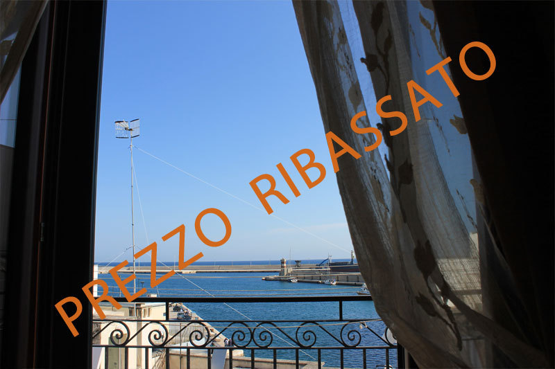 Trilocale in ottime condizioni in vendita Rif. 9811437